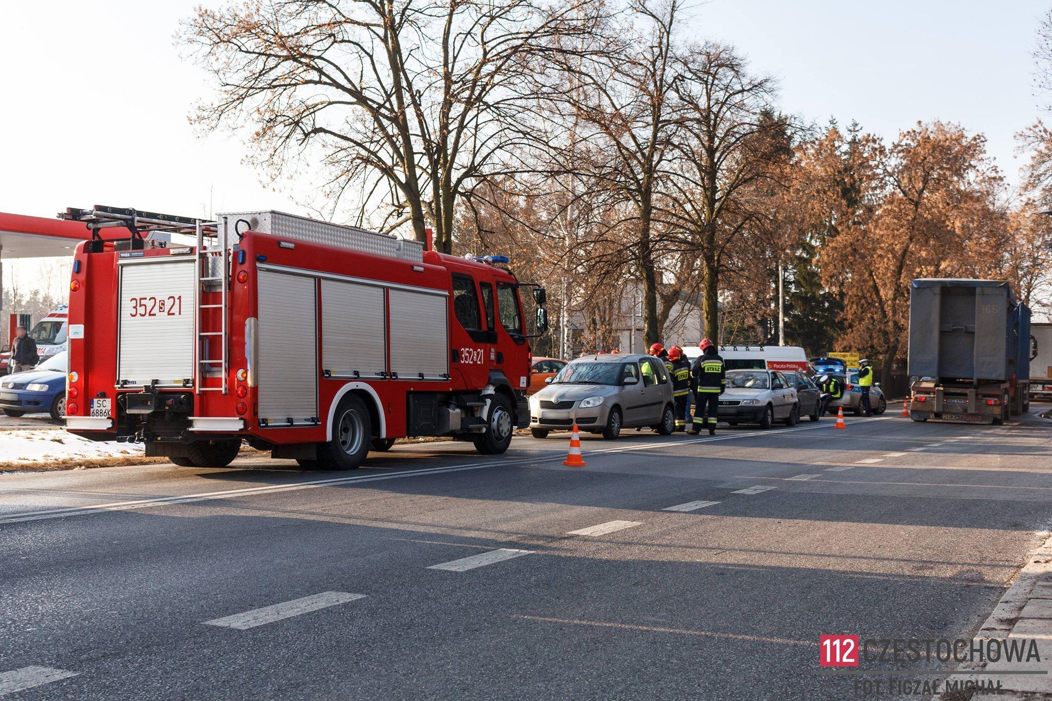 specjalne wyprzedaże kup sprzedaż spotykać się 112Częstochowa » Wypadek drogowy na ul. św. Rocha. Zderzyły ...
